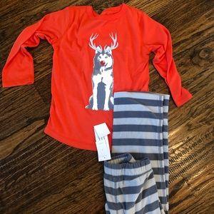 NWT GAP boy 4T pajamas